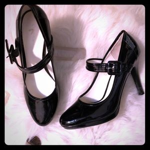 Gorgeous patent leather high heel Mary Janes!